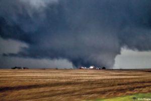 Rochelle, IL Tornado 4/9/2015